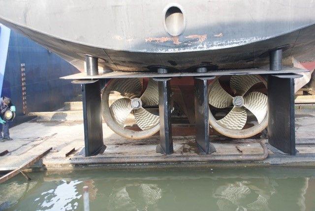 propellers & nozzles
