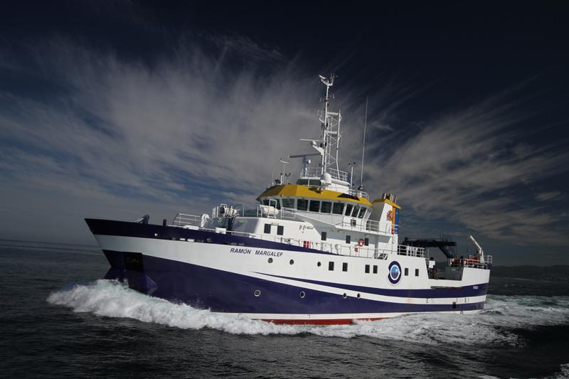 offshore-dp-vessel-sailing